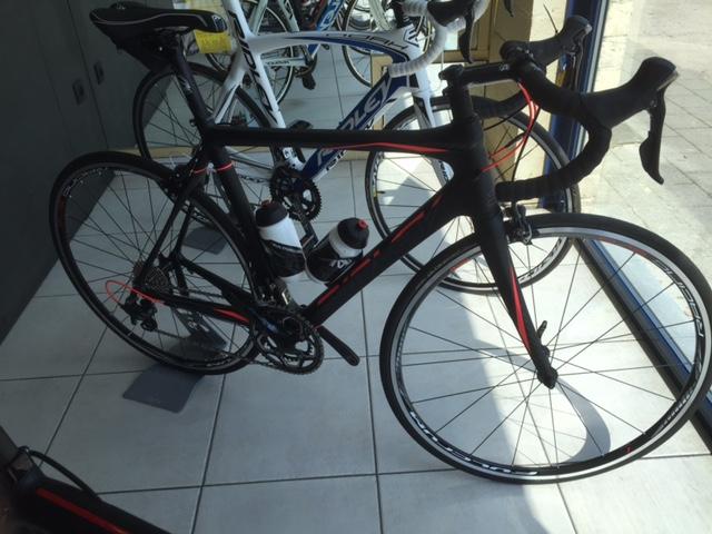 Ridley Fenix Start2ride        Shimano ultegra 11 speed mix        M        1599€ (advies 1999€)